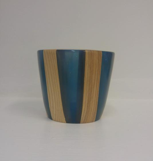 Ash and Blue Resin Pot